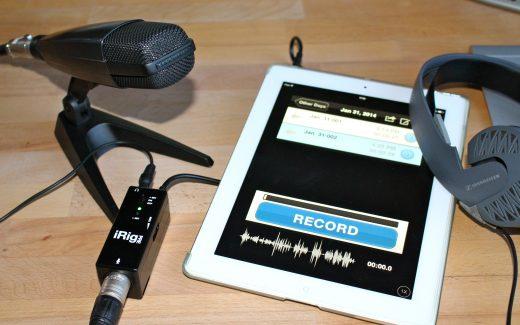 Sie wollen ein Mikrofon ans iPhone anschließen? Oder an ein anderes Smartphone oder ein Tablet wie das iPad? Das ist ganz leicht. (Bildrechte: FRAGDENSTEIN.DE/ Stein)