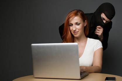 Jeder Vierte von Internet-Kriminalität betroffen (Bildrechte: © Amir Kaljikovic - Fotolia.com)